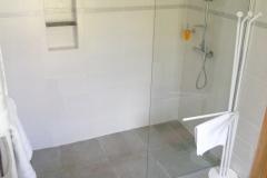 Bonheur bath2 scaled
